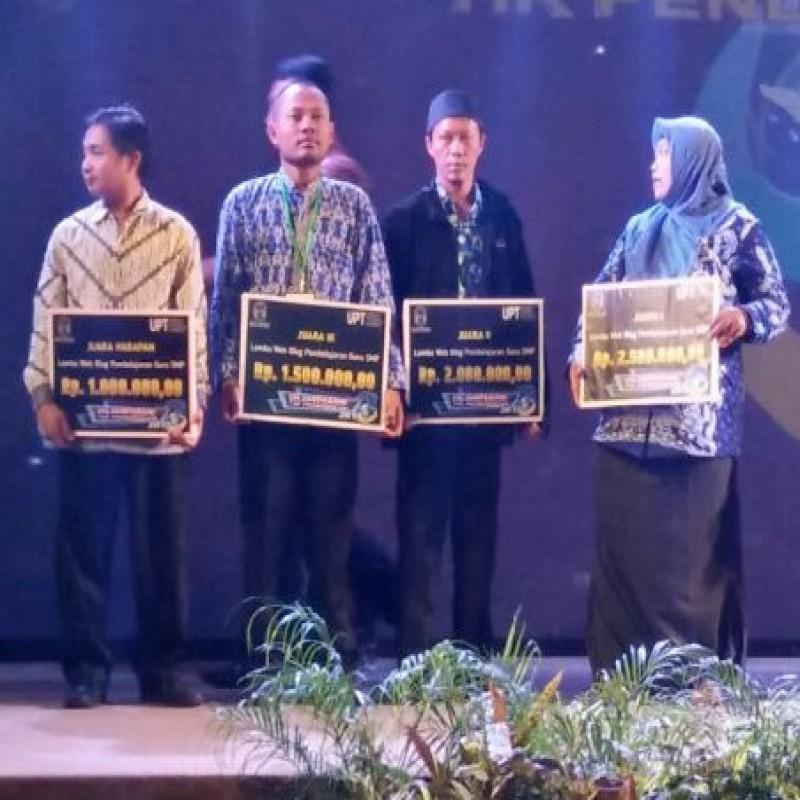 Juara 2 Lomba WEBBLOG Pembelajaran Guru SMP Tingkat Provinsi  JAWA TIMUR